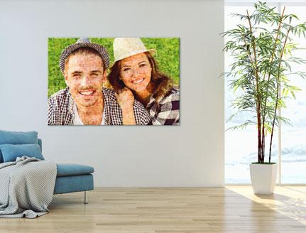 Woning met mozaiek op plexiglas met foto van paar
